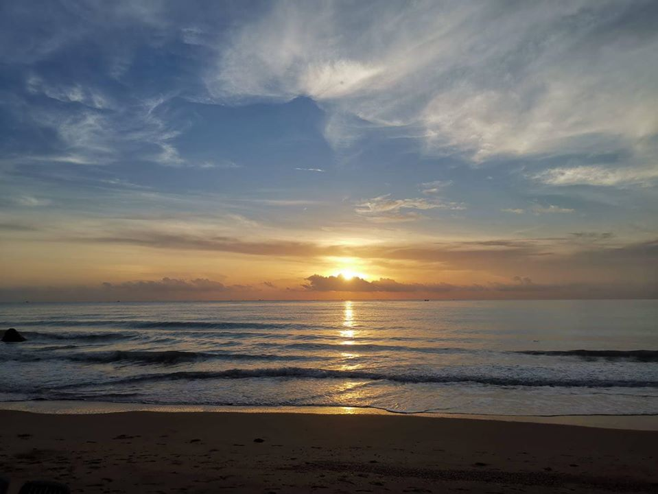 Blue after the rain at Hin Ngam Sichon Beach, Nakhon Si Thammarat